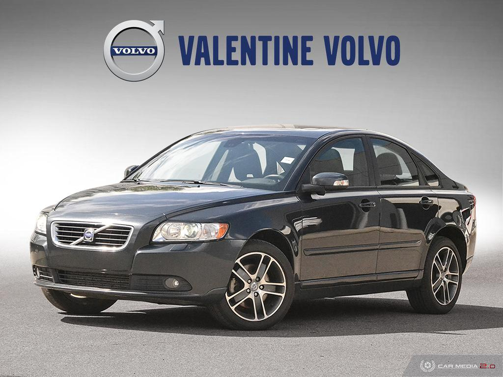 Pre-Owned 2010 Volvo S40 T5 AWD A SR