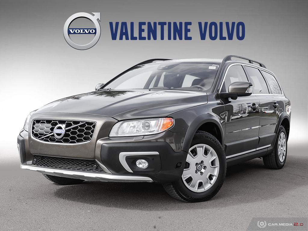Certified Pre-Owned 2014 Volvo XC70 T6 AWD A Platinum